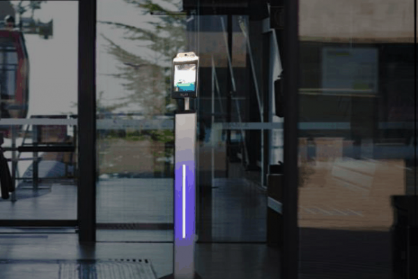 Robots para Negocios y Eventos Control Temperatura