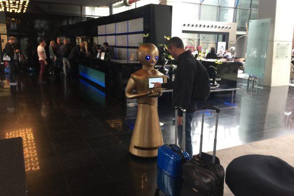 Robot Madrid Tokyo