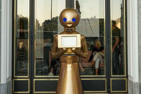 Robot REcepcionista